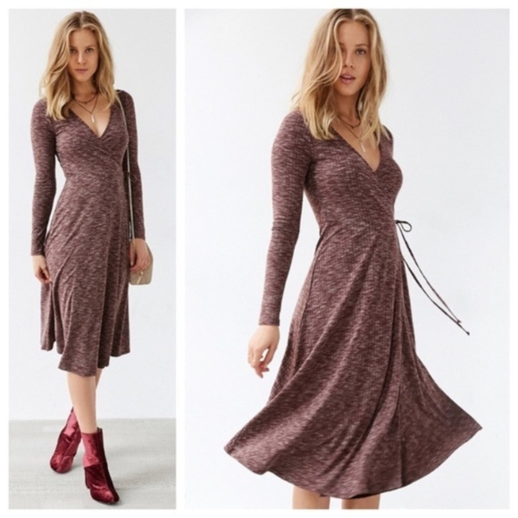 Urban Outfitters Dresses & Skirts - Urban Outfitter Kimchi Blue Ribbed Wrap Midi Dress